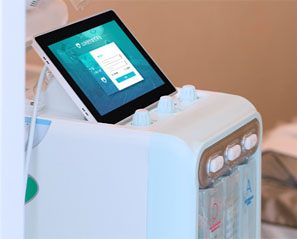 Laser Machine Equipped With Medical Monitor For Beauty Care